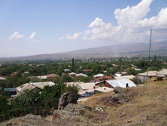 Oshakan - Oshakan as seen from the western side of Didikond Hill.