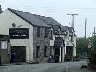 Llanddona - Owain Glyndŵr public house in Llanddona