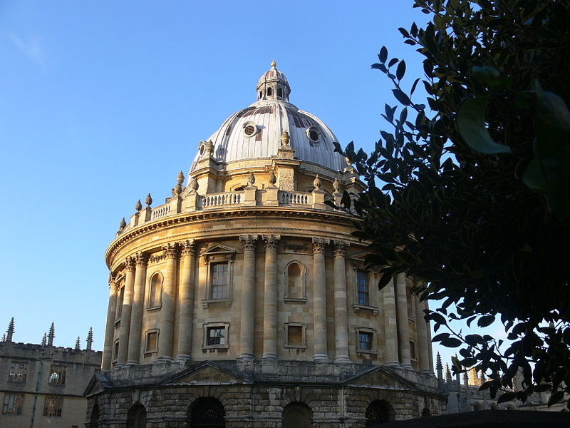 File:Oxford - Bodleian Library - Radcliffe Camera - tree.JPG