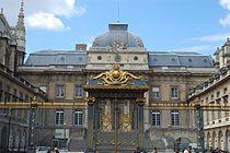 Palais de Justice (Paris) June 2010.jpg