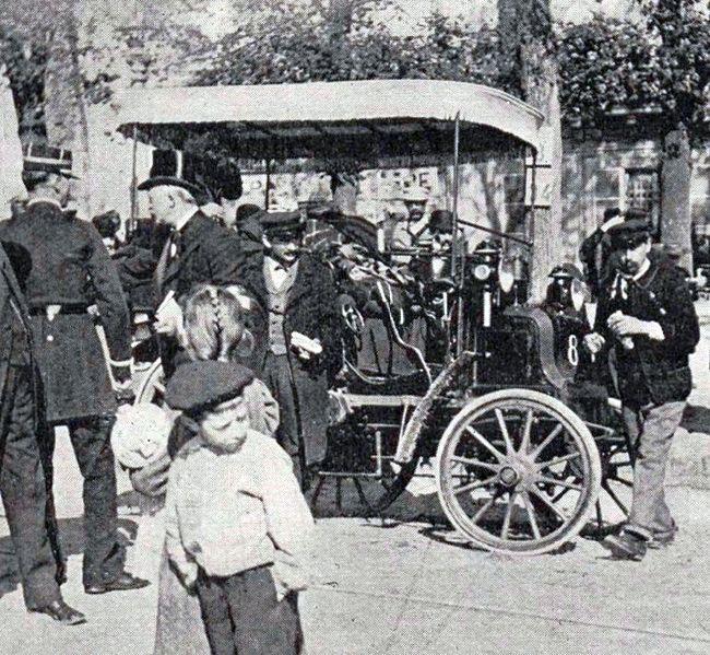 File:Panhard & Levassor numéro 8 de Merkel (2e), Paris-Marseille-Paris 1896.jpg