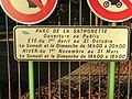 Panneau des horaires de La Sathonette.JPG