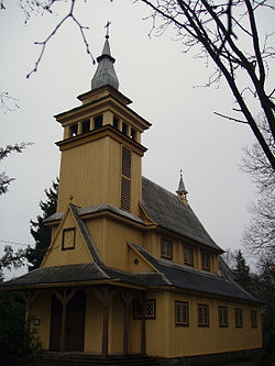 Pavilnys church.JPG