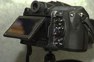 Pentax 645Z - Pentax 645Z tiltable LCD