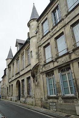 Petit-Saint-Nicolas — Wikipédia