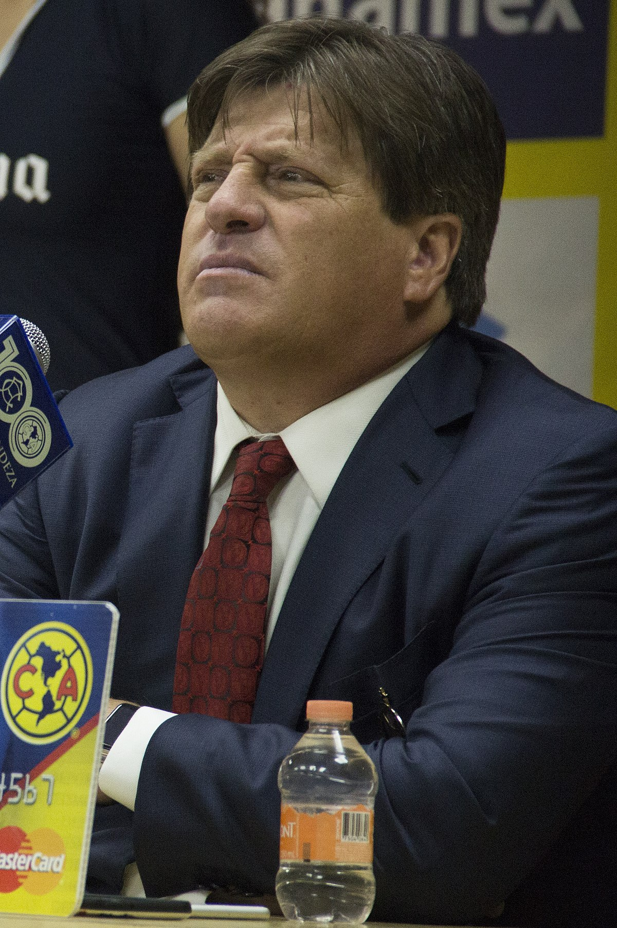 Resultado de imagen para Miguel Herrera