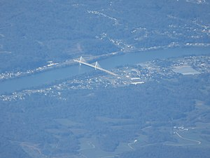 Pomeroy–Mason Bridge - Aerial view of the bridge and surroundings