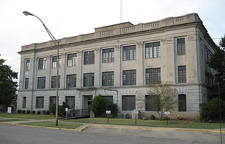 Pontotoc County Courthouse in Ada PontCoCH.jpg