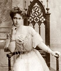 Princess Beatrice of Edinburgh and Saxe-Coburg and Gotha in 1907.jpg