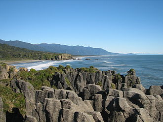 Punakaiki - Image: Punakaiki looking south