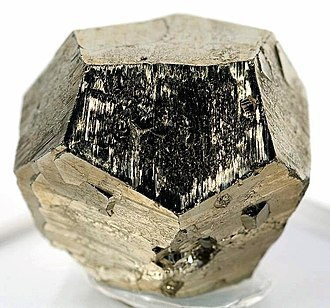 Dodecahedron - Image: Pyrite 193871