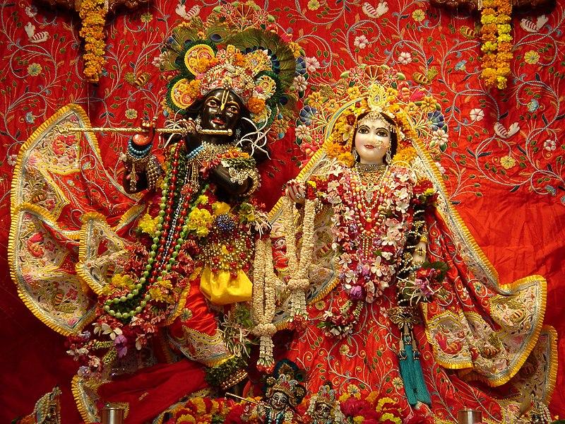 File:Radha Syamasundar Vrindavan Radhastami 2004.jpg