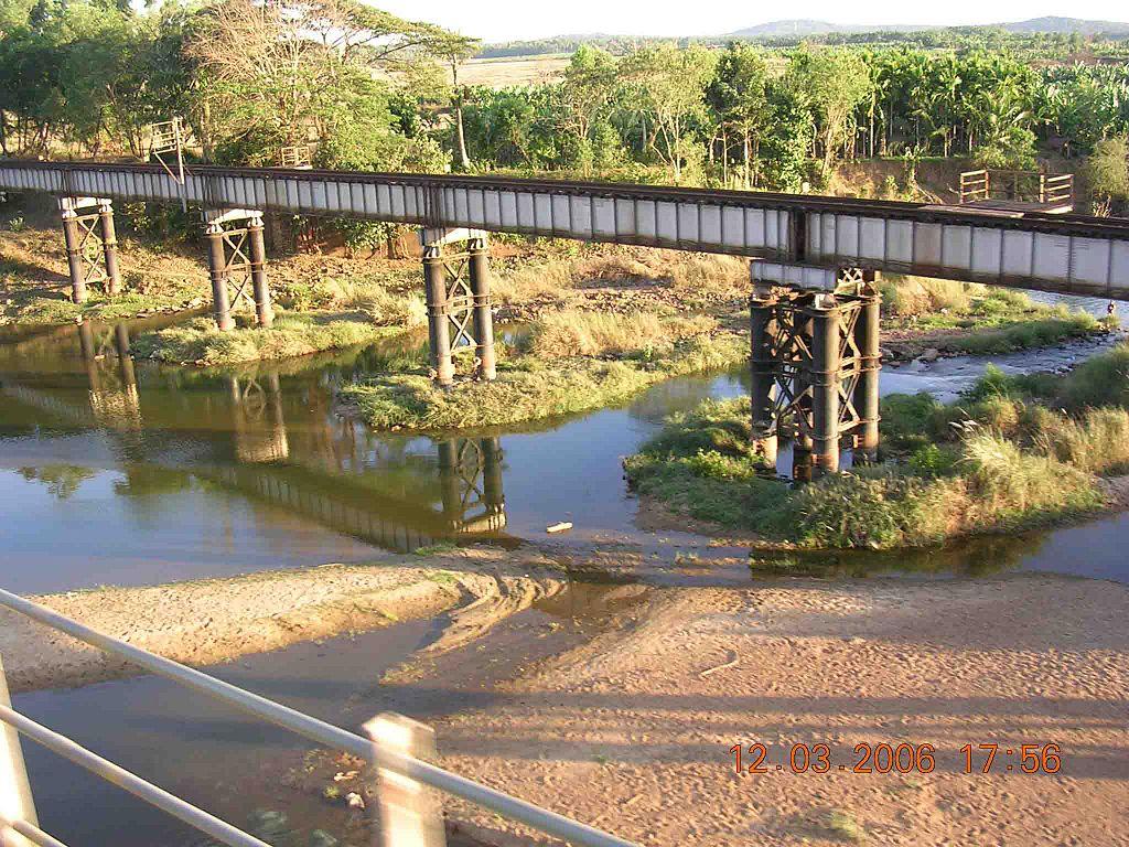filerailroad bridgekeralaindia2jpg wikimedia commons