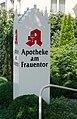 Ravensburg Apotheke am Frauentor Schild.jpg