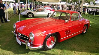 Mercedes-Benz 300 SL - Image: Red Mercedes Benz 300SL
