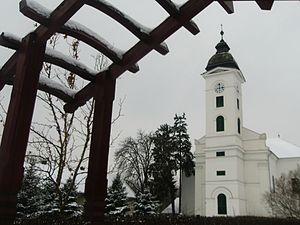 Dunavecse - Image: Reformed Church (1745, 1810) in Dunavecse. PTDC0396