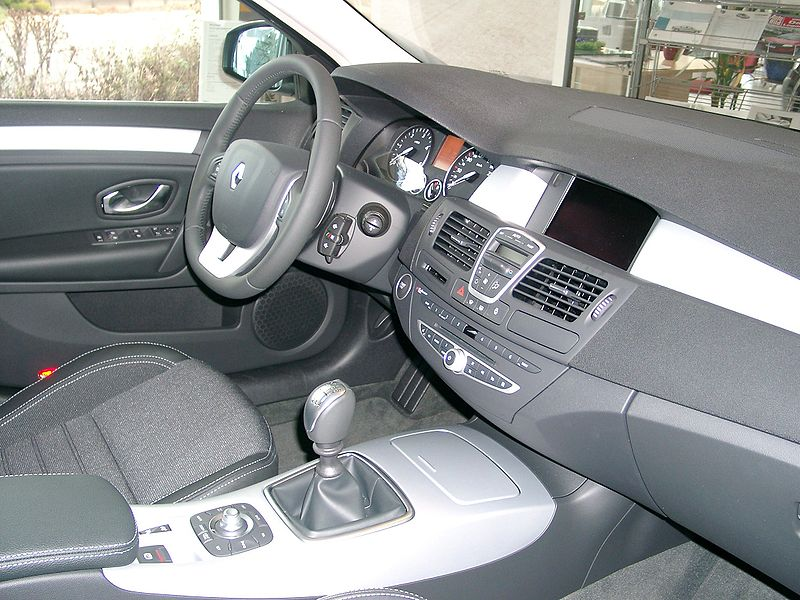 file renault laguna 2008 dashboard wikimedia commons. Black Bedroom Furniture Sets. Home Design Ideas