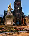 Robert Burns statue at night.jpg