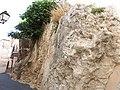 Roca en Calles de Confrides.jpg