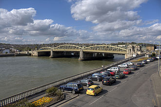 Rochester Bridge - The Rochester Bridge from Rochester Castle Gardens