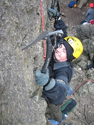 Dry-tooling - Dry tooling without crampons