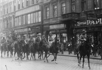 István Friedrich - Romanian occupation troops in Budapest, 1919. Friedrich took power in the capital during the time of Romanian occupation of the city, thanks to the neutrality of the Romanian military authorities and the tacit support of the British and the Italians.