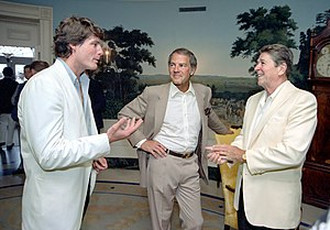Christopher Reeve - Christopher Reeve, Frank Gifford, Ronald Reagan at a reception and picnic in honor of the 15th anniversary of the Special Olympics program in the Diplomatic Reception room May 1983