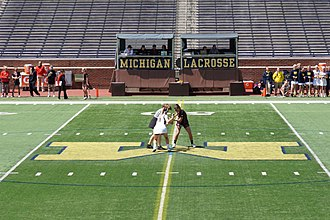 Face-off - Image: Rutgers vs. Michigan women's lacrosse 2015 05