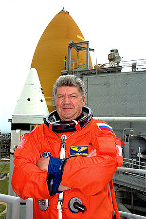 "Pilot-Cosmonaut of the USSR - Veteran of three space flights, ""Pilot-Cosmonaut of the USSR"" Valery Ryumin (1998 photo)"