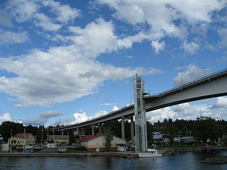 Saimaa Bridge 2.jpg