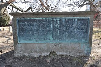 Simon Bradstreet - Bradstreet's tomb in Salem