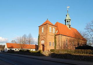 https://upload.wikimedia.org/wikipedia/commons/thumb/1/14/Schlosskirche_Ahrensburg.JPG/320px-Schlosskirche_Ahrensburg.JPG