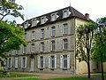 Senlis (60), prieuré Saint-Maurice, logis du prieur, façade ouest.jpg