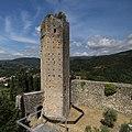 Serravalle Pistoiese, rocca nuova (rocca di Castruccio), torre esagonale 03,0.jpg