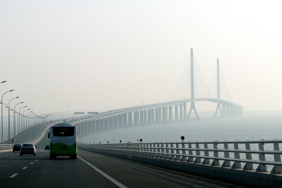 Shanghai Yangtze River Tunnel and Bridge