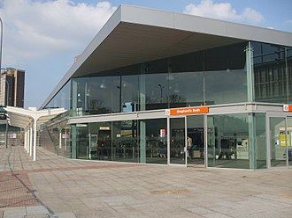 Shepherd's Bush tube station - Shepherd's Bush Overground station