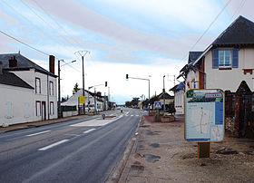 Le quartier de la Commodité sur la route départementale, ancienne RN 7. 34884e0ea14f