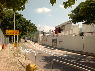 在南港島線香港仔段通車初期,與東段共用南風隧道往返金鐘相信仍可勉強應付得來,但長遠而言,西段必須有一條獨立的定線連繫港島北岸,以應付南區未來發展帶來的額外需求。 (圖片:CeeSevenWikimedia)