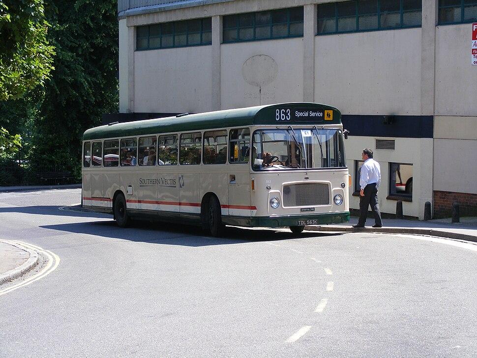 Southern Vectis 863 TDL563K