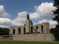 Soviet War Memorial (Tiergarten).jpg