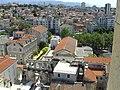 Split, vyhled z veze sv. Domnia - palac a divadlo za hradbam.jpg