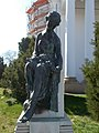 Statue of sitting woman, Kossuth square, 2019 Mezőtúr.jpg