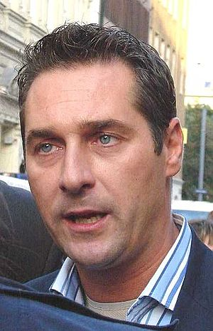 Austrian legislative election, 2008 - Image: Strache 8