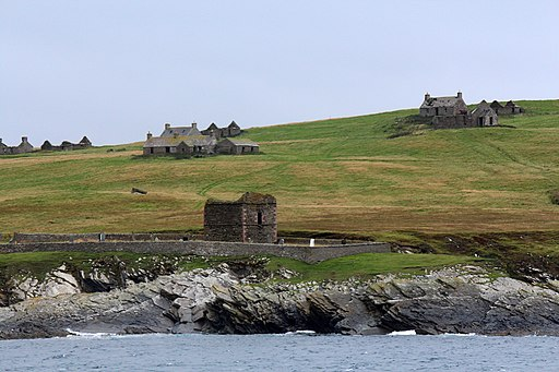 Stroma mausoleum and houses