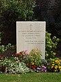 Sully-sur-Loire-FR-45-mémorial accident de Laffrey-02.jpg