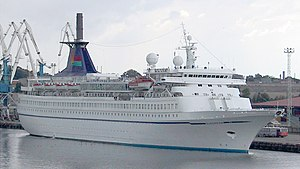 MS Formosa Queen - Sundream in Tallinn Harbour, 2001.