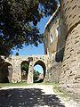 Suze la Rousse - pont d'accès du château 1.jpg
