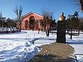 Syevyerodonetsk theatre and Taras Shevchenko monument.jpg