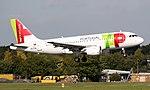 TAP A319 CS-TTB (21169414374).jpg