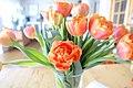 TULIPS red yellow in vase overexposed (oransje oransje, tulipaner overeksponert) Norway 2019-02-13 3.jpg